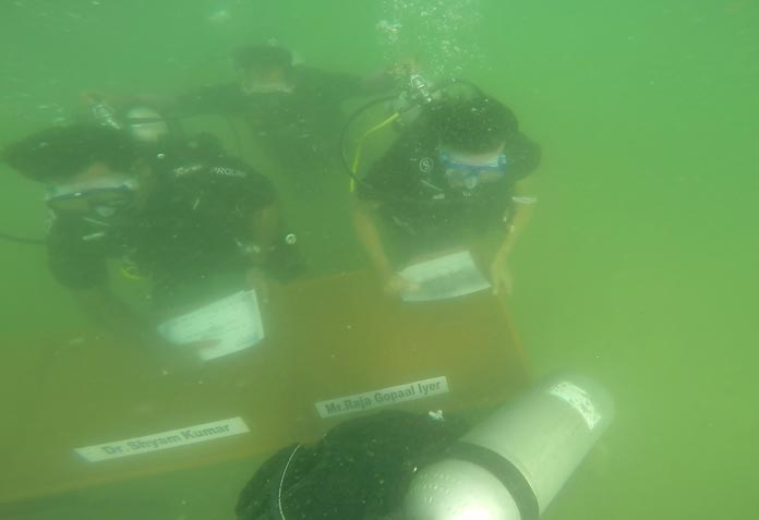 underwater-conference11