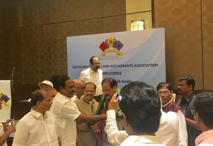shri-venkaiah-naidu-honorable-minister-government-of-india3